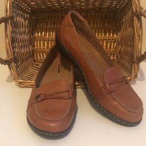 Women's tan leather loafers. Size 7 - worn once